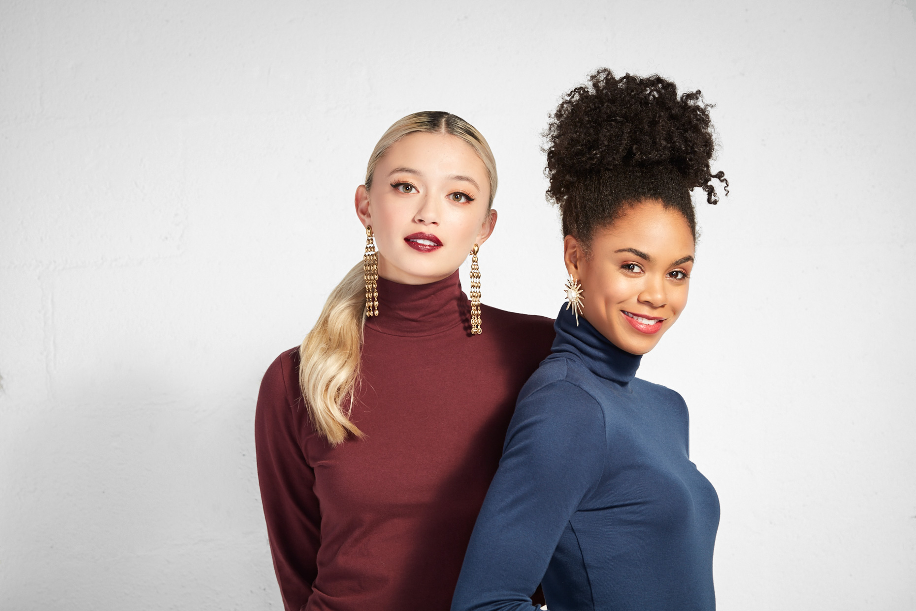 PerfectPairing_TurtleNeck_Earring_Gold_Blue_Maroon2